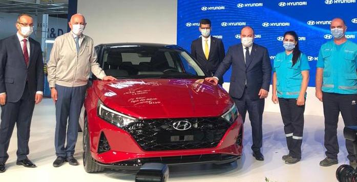 Image of i20 Model Hyundai and Minister Varank
