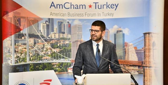 Yatırım Ofisinin Düzenlediği Konferansta Çekilmiş Fotoğraf